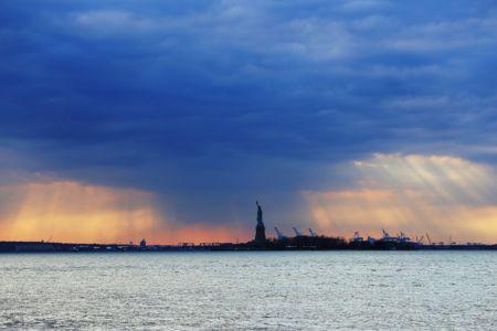 NYC-statue3