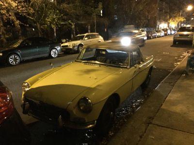 En gammal MG i New York