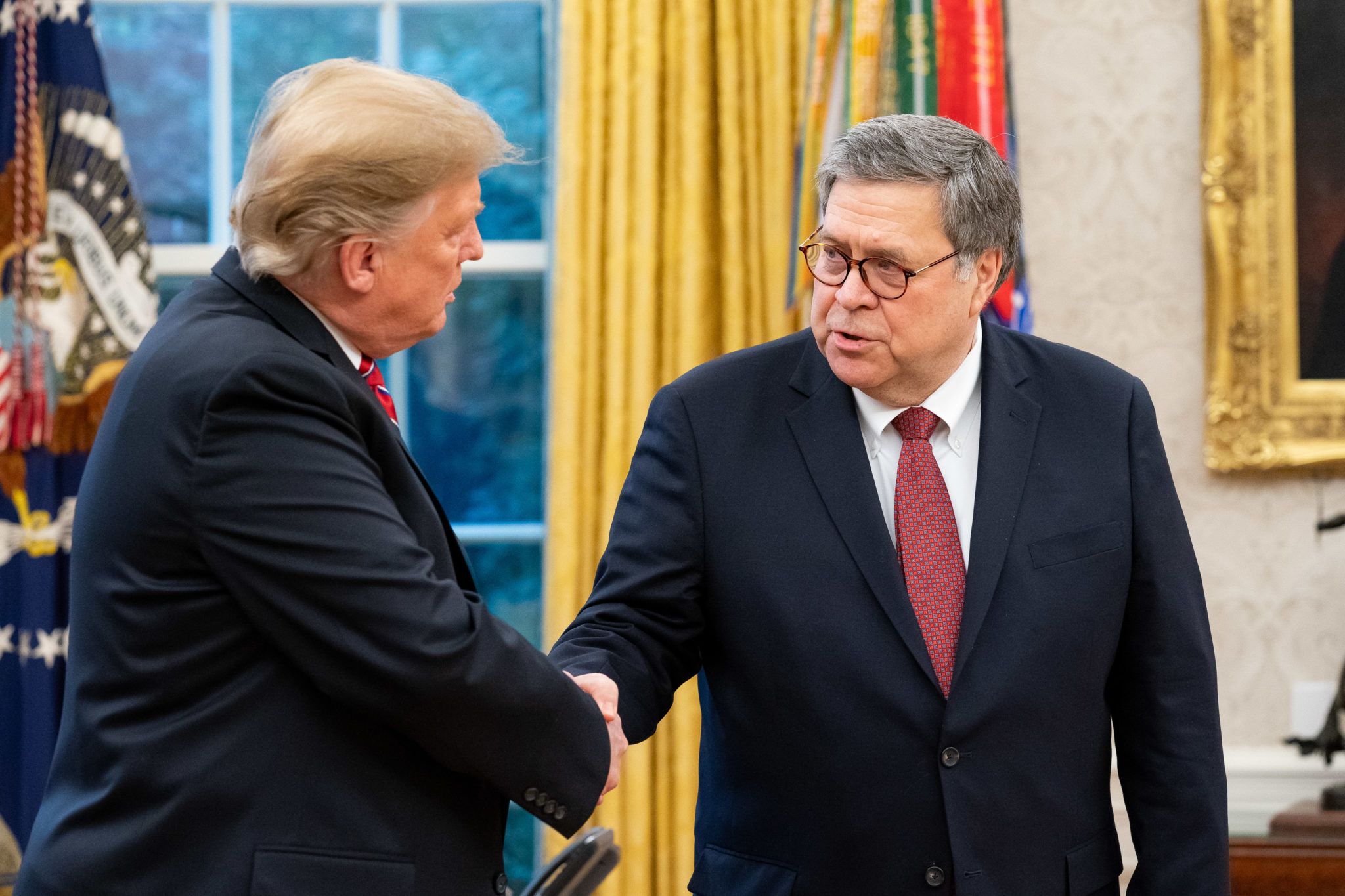 Donald_Trump_and_William_Barr-WhiteHouse.jpg